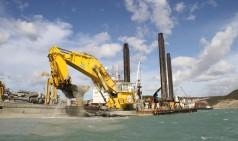 Large hydraulic dredging cylinder