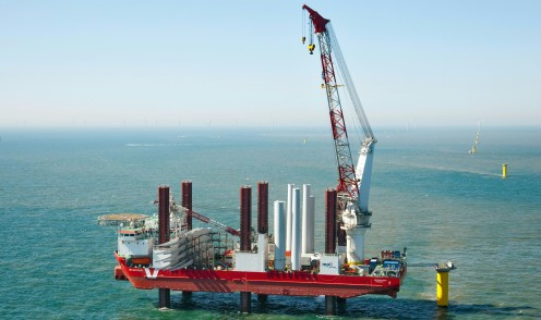 Offshore crane systems
