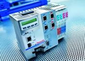 Wielofunkcyjny układ sterowania dla systemów hydraulicznych i elektrycznych